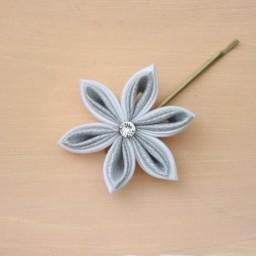 Pince à cheveux mariage fleur blanc et argent PI010A