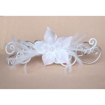 Epingle à cheveux fleurs et plumes blanches EPA314