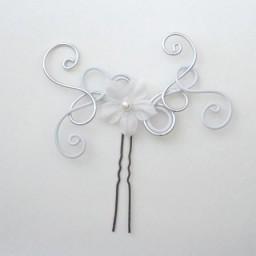 Epingle à cheveux blanc et argent + fleur EPA235