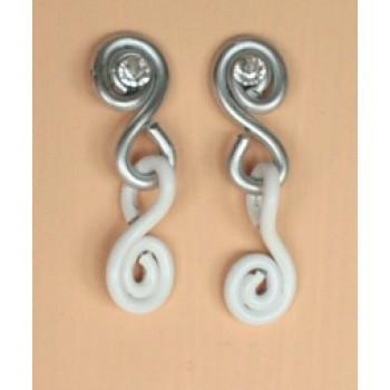 Boucles d oreilles aluminium blanc argent strass BOA203