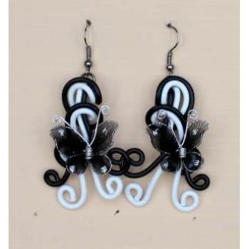 Boucles d oreilles noir blanc + papillons BOA291