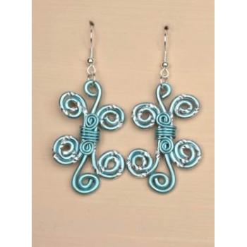 Boucles d oreilles aluminium bleu ciel et argent BOA137