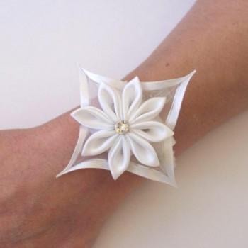 Bracelet fleur satin blanc BR1248A