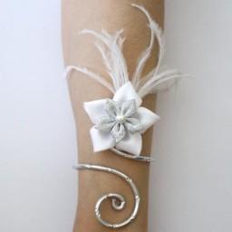 Bracelet mariage fleur argent et blanc BRA340