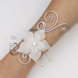 Bracelet mariage blanc fleur BRA1280A