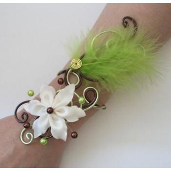 Bracelet mariage chocolat vert anis ivoire + fleur + plume BRA346
