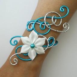 Bracelet mariage turquoise argent + fleur blanche BRA338