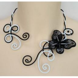 Collier mariage aluminium noir blanc + papillon COA291