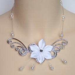 Collier + bracelet argent et fleur blanche A348