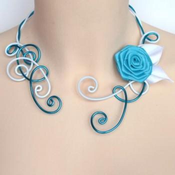 Collier mariage blanc turquoise fleur COA325