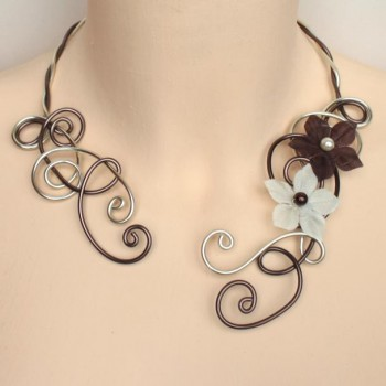 Collier mariage chocolat champagne + fleurs COA312