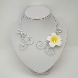 Collier mariage fleur de tiaré COA363