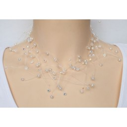 Collier blanc et cristal CO4272A