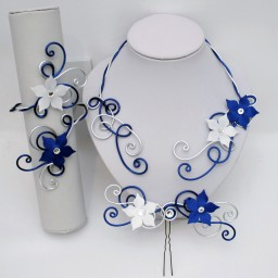 Bijoux personnalisés bleu marine, argent, blanc pour Sonia